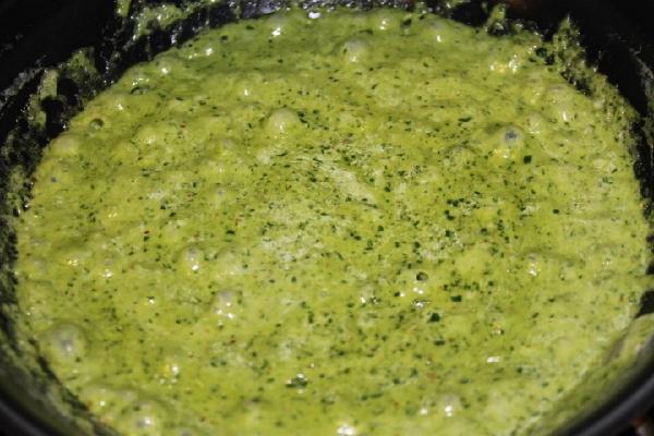 Reduced pesto sauce