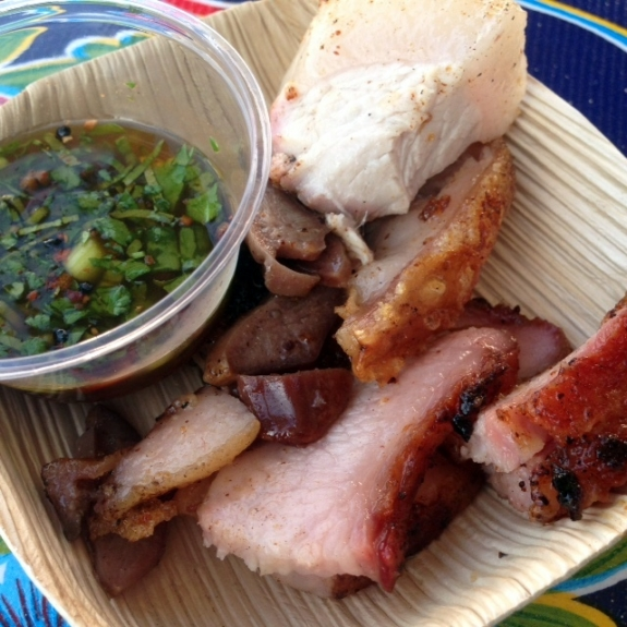 Whiskey Soda Lounge Muu Yaang Ruam: Grilled Pig Parts with Dipping Sauce