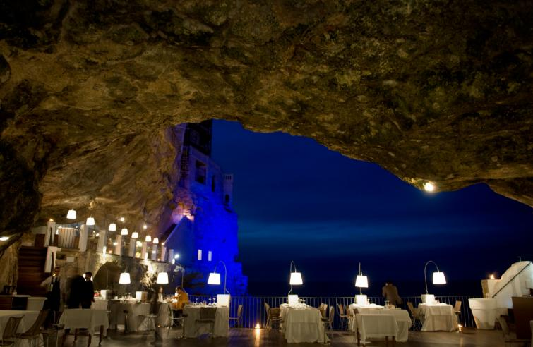 Grotta Palazzese hotel Summer Cave