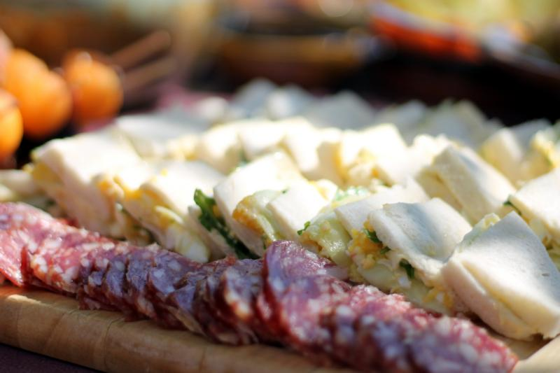 Meats, sandwiches, cheeses paired with Château Thuerry wines